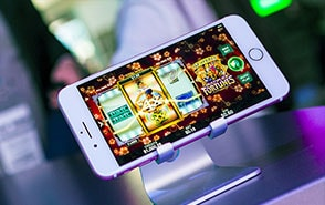 microgaming mobile casino game
